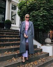 coat,long coat,plaid,double breasted,black sandals,flare pants,blue pants,turtleneck sweater,black bag