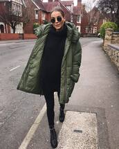 sweater,turtleneck sweater,zara,oversized turtleneck sweater,black boots,black skinny jeans,green jacket,puffer jacket