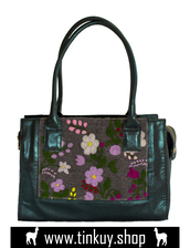 bag,glitter bag,handmade floral tapestry,combinable bag,unique details,floral details,peruvian design,green glitter to combine looks,bag made in peru,glitter bag with compartments,handmade tapestry with alpaca wool,glitter bag for women,green glitter bag,glitter bag for sale,glitter bag online,floral weave