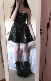 dress,cocktail,grunge,glitter,black dress,black,stars,moon,silver,mini dress,shimmery dress,starry
