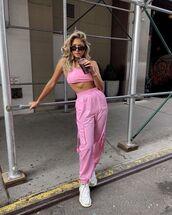 pants,cargo pants,pink pants,sneakers,crop tops,sportswear