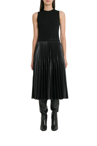 Givenchy Pleated Midi Dress in nero