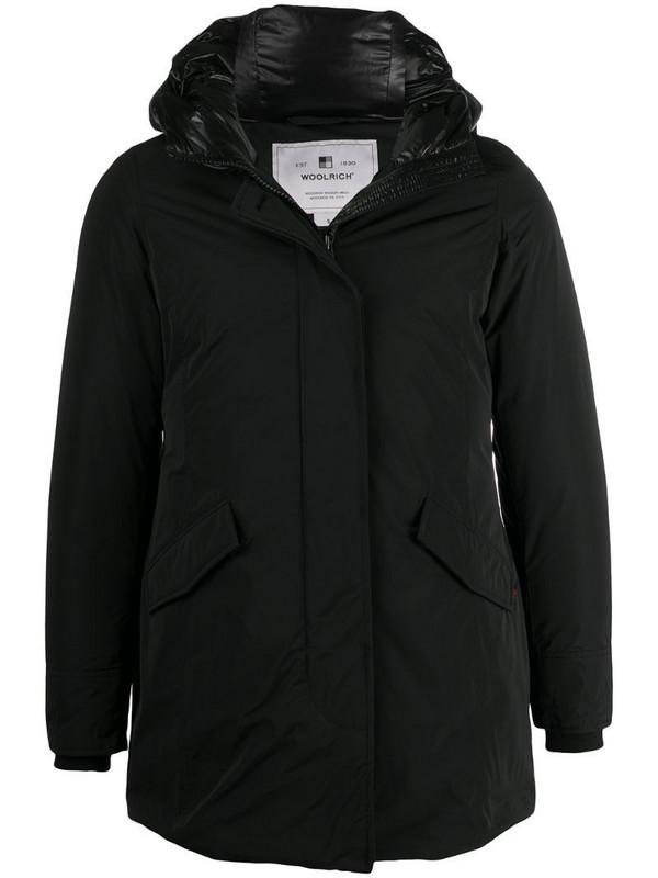 Woolrich hooded puffer jacket in black