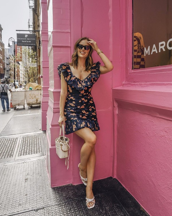 dress mini dress floral dress white sandals bucket bag