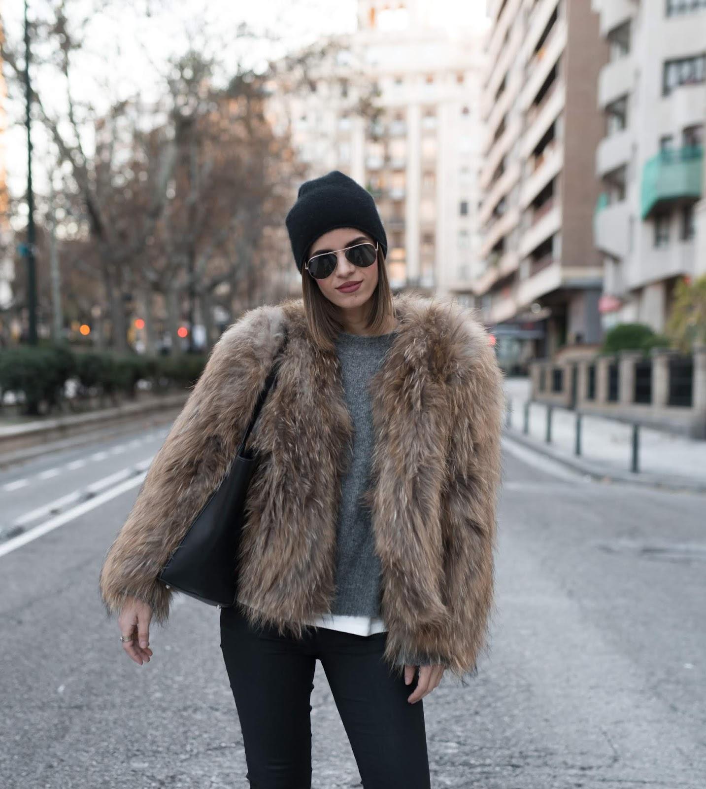 ms treinta blogger coat sweater jeans shoes bag faux fur jacket beanie winter outfits