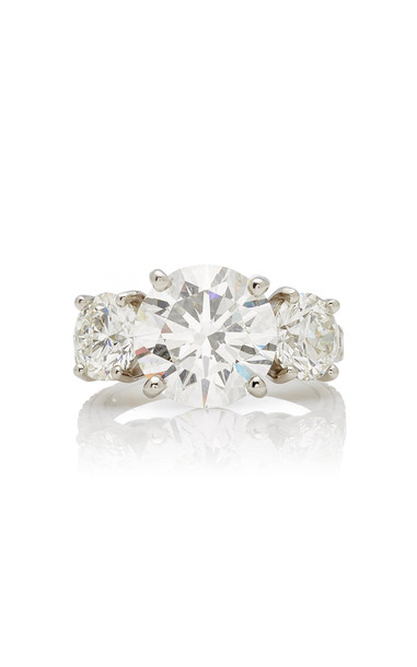 Oscar Heyman One of a Kind Platinum Round Diamond Three Stone Ring in white