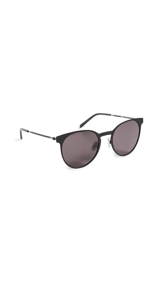 Illesteva Le Steel II Sunglasses in black
