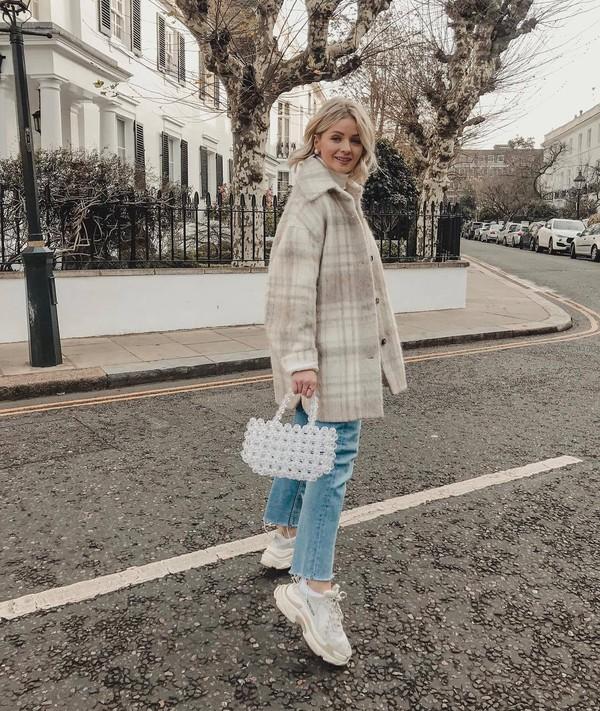 coat oversized coat wool coat plaid white sneakers cropped jeans straight jeans white bag handbag white turtleneck top
