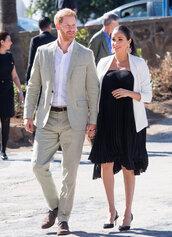 jacket,blazer,white blazer,celebrity,maternity dress,pleated,black dress,midi dress,meghan markle