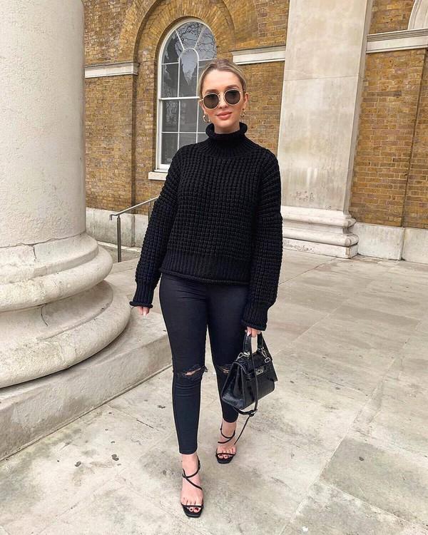 sweater turtleneck sweater black sweater topshop black sandals skinny jeans ripped jeans black bag