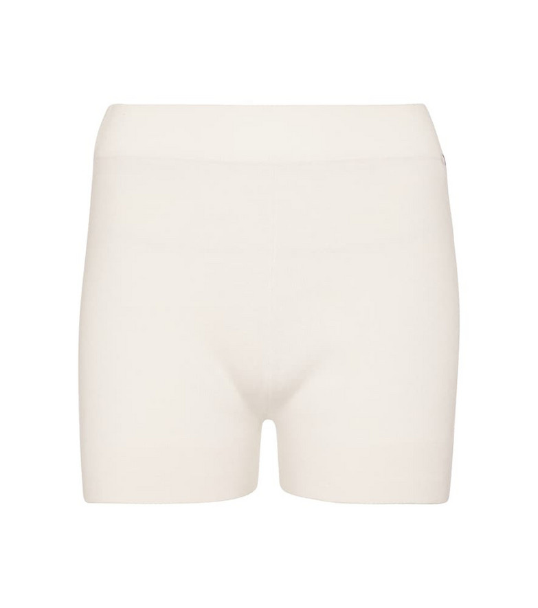Extreme Cashmere N°179 Very stretch-cashmere shorts in white