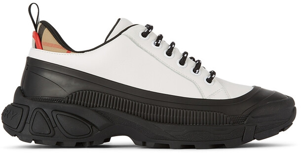 Burberry Kids Mini Arthur Sneakers in white