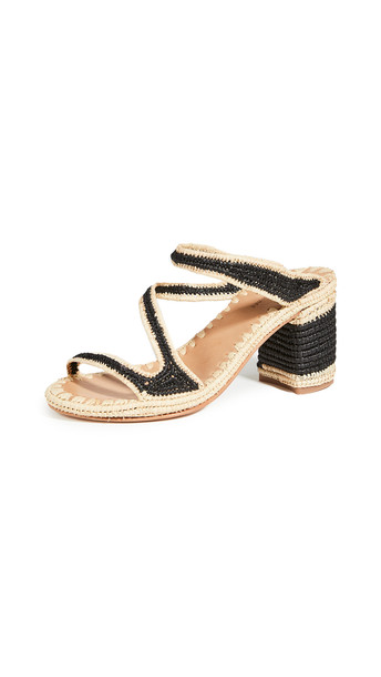 Carrie Forbes Salah Heeled Mules in noir / natural