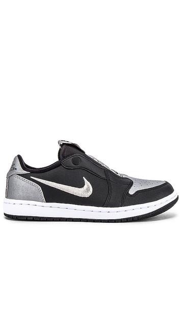 Jordan AJ 1 Low Slip SE Sneaker in Black