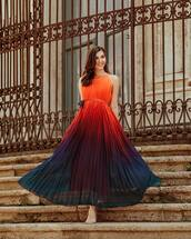 dress,pleated dress,sleeveless dress,maxi dress,elegant dress,ombre dress,sandals,belted dress