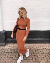 dress,turtleneck dress,midi dress,bodycon dress,black belt,white shoes,shoulder bag