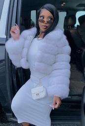 coat,fur,fur jacket,jacket,winter outfits,dearra,fur coat,birthday dress,dk4l