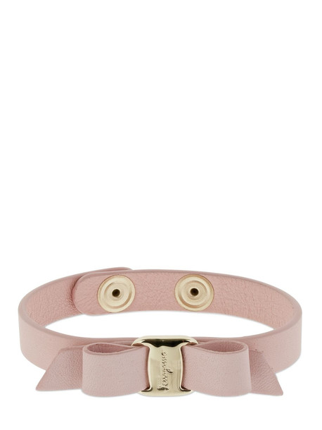 SALVATORE FERRAGAMO Vara Bow Leather Bracelet in gold / pink