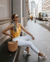 jeans,white jeans,skinny jeans,white sandals,woven bag,tank top,scarf