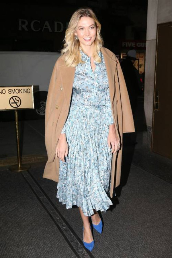 top light blue karlie kloss celebrity midi skirt pleated model off-duty pumps shirt