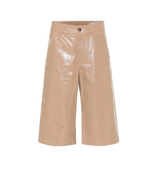 Dodo Bar Or High-rise leather Bermuda shorts in beige