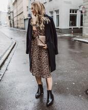 coat,midi dress,ankle boots,leopard print,black boots,black coat,oversized coat,bag