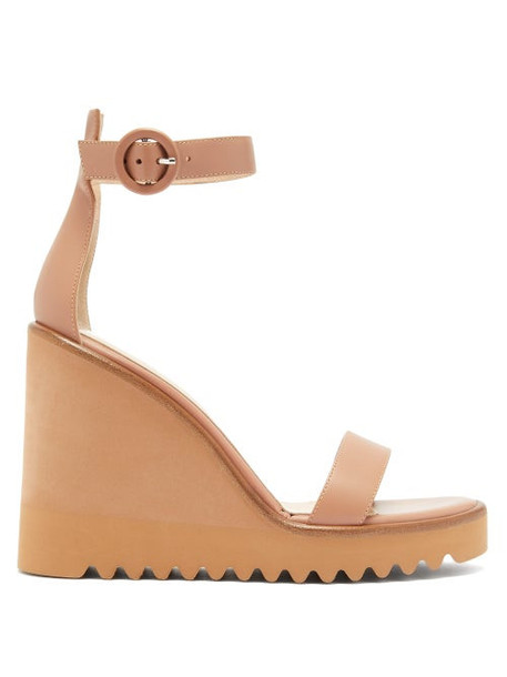 Gianvito Rossi - Leather Wedge Sandals - Womens - Nude