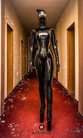 jumpsuit,latex black