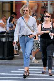 shoes,gladiators,strappy flats,karlie kloss,model off-duty,denim,jeans,streetstyle