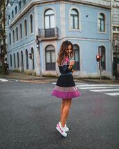 shorts,mini skirt,pleated skirt,bag,white sneakers