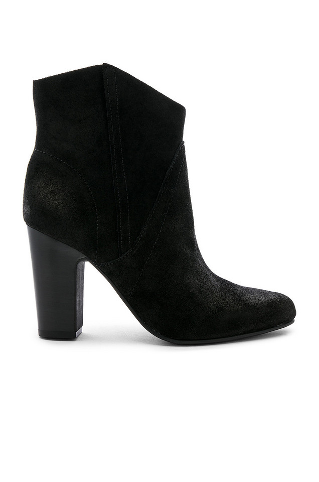Vince Camuto Creestal Bootie in black
