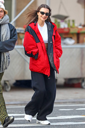 jacket,emily ratajkowski,model off-duty,streetstyle,casual,pants,fall outfits,fall jacket