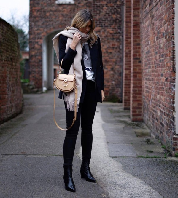 jacket blazer double breasted mango black boots ankle boots skinny jeans crossbody bag chloe scarf acne studios white t-shirt
