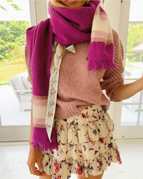 sweater scarf skirt