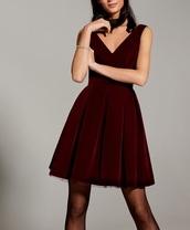 dress,mohito,burgundy,velvet dress,vneck dress