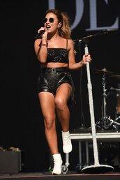 top,shorts,jessie james,celebrity,leather,black,bralette