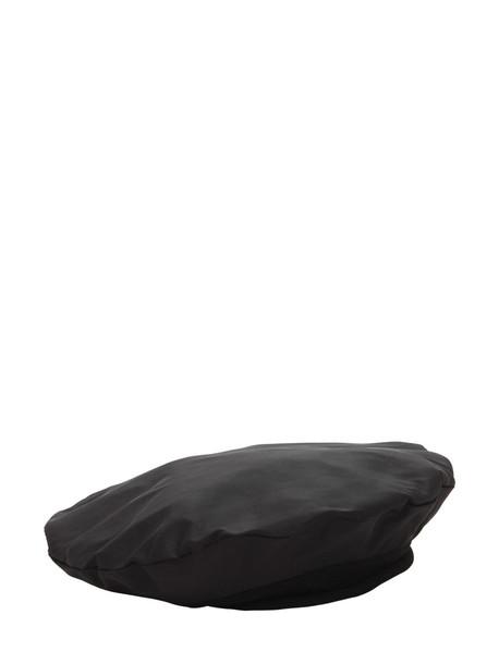 SCHA Flying Duck 10-s Silk Beret in black