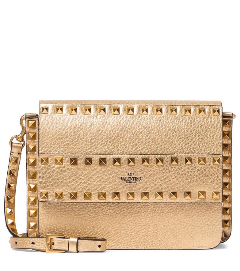 Valentino Garavani Rockstud Small leather shoulder bag in gold