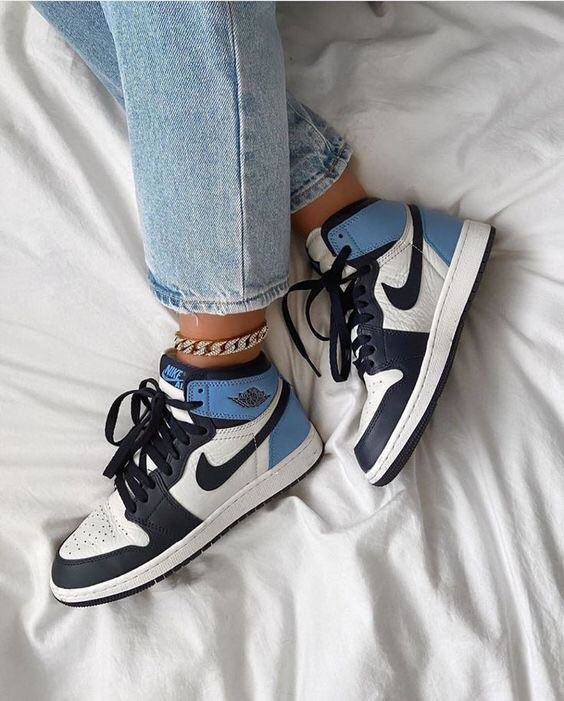 shoes blue white black