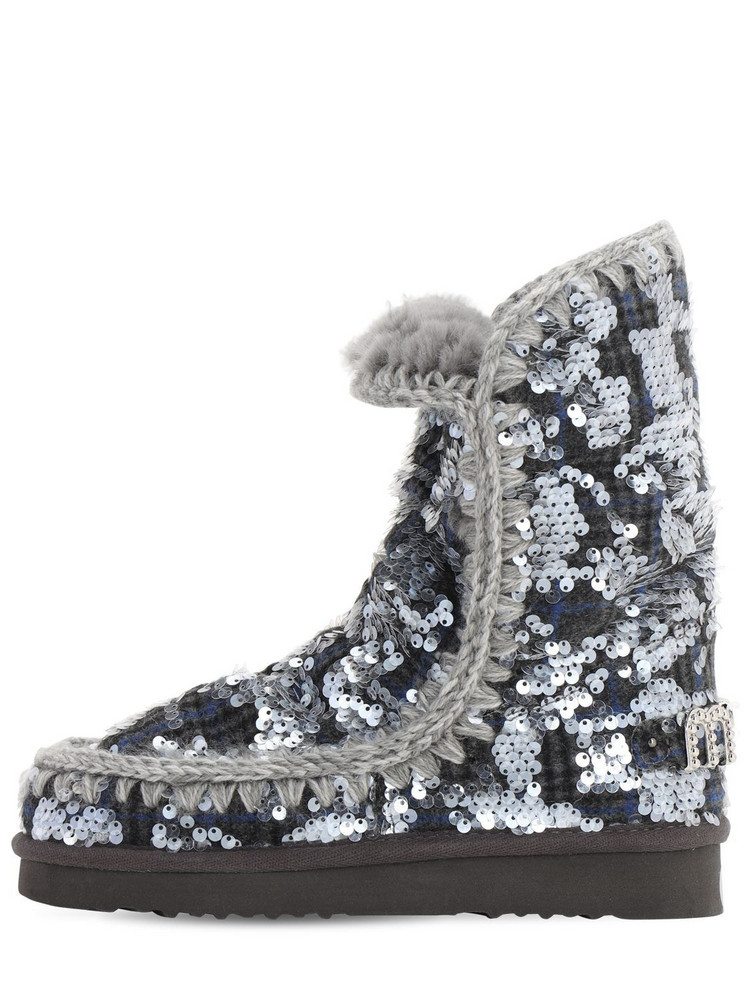 MOU 40mm Eskimo 24 Faux Shearling Boots in grey / silver