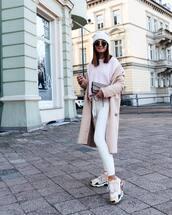 coat,beige coat,h&m,white sneakers,white pants,joggers,white sweater,beanie,crossbody bag