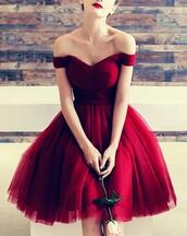 dress,off the shoulder