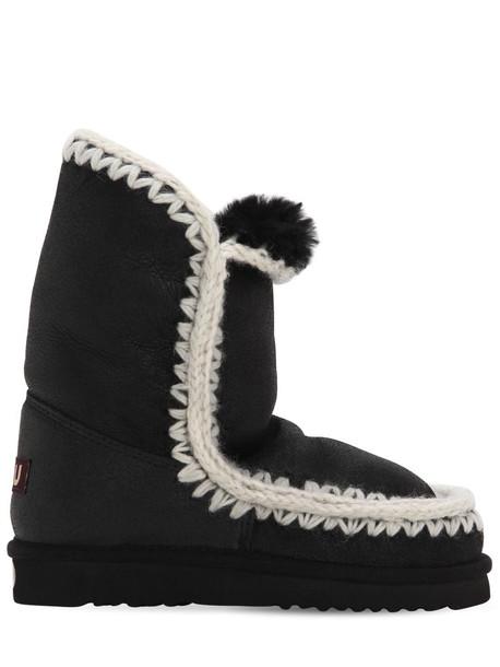 MOU 20mm 24 Shearling Eskimo Boots in black / white