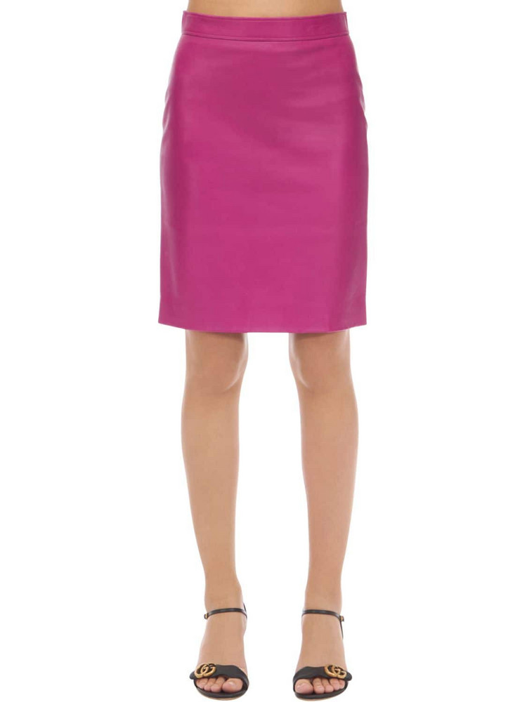 GUCCI Leather Midi Skirt in fuchsia