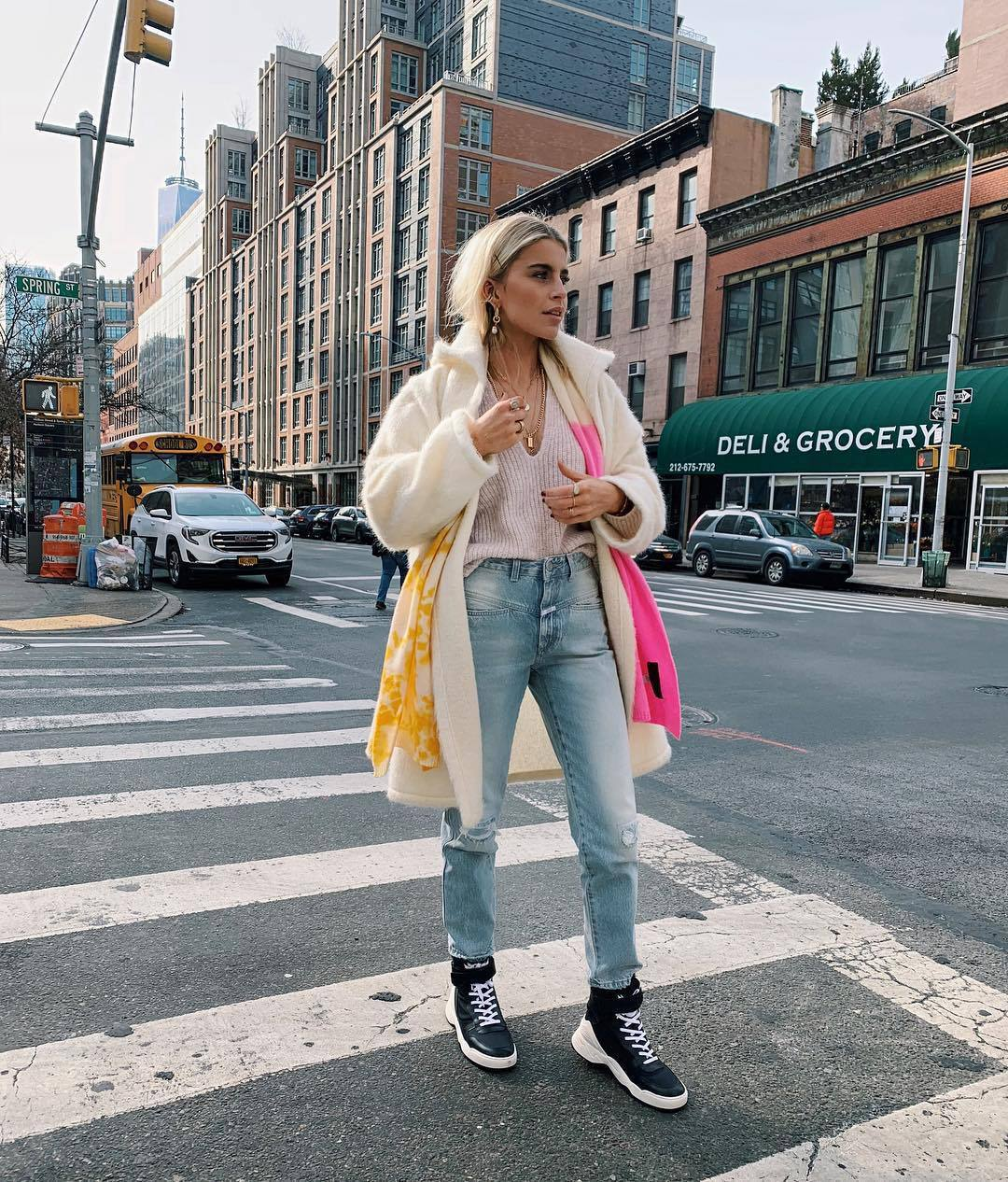 jeans high waisted jeans straight jeans black sneakers white coat scarf pink sweater v neck