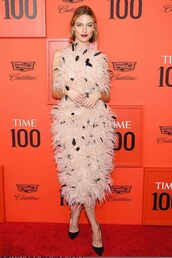 dress,dusty pink,feathers,feather dress,martha hunt,model off-duty,red carpet dress