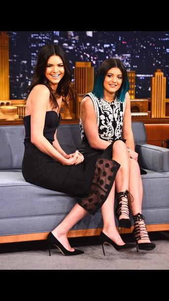 dress kendall and kylie jenner