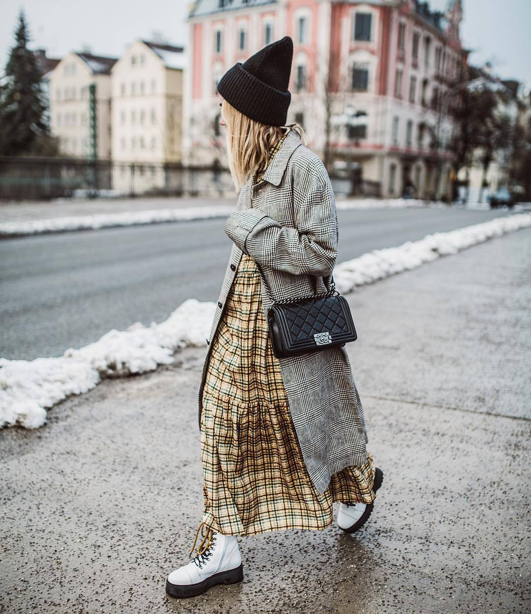 dress shirt dress plaid dress maxi dress white boots combat boots plaid grey coat zara black bag black beanie