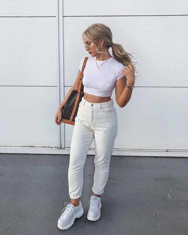 jeans white jeans high waisted jeans white sneakers louis vuitton bag white t-shirt cropped t-shirt