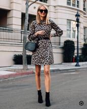 dress,mini dress,leopard print,long sleeve dress,ankle boots,black boots,black belt,black bag,handbag